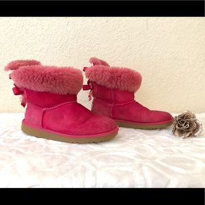Cute Girls Ugg Australia Bailey Bow Size 4
